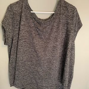 athletic gray t shirt